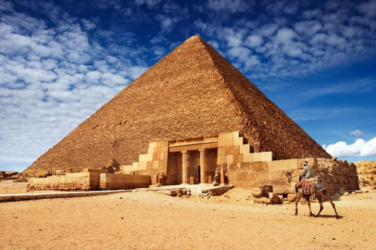 Tallest_Man-Made_Buildings_Ancient_ Pyramid_of_Khufu_1