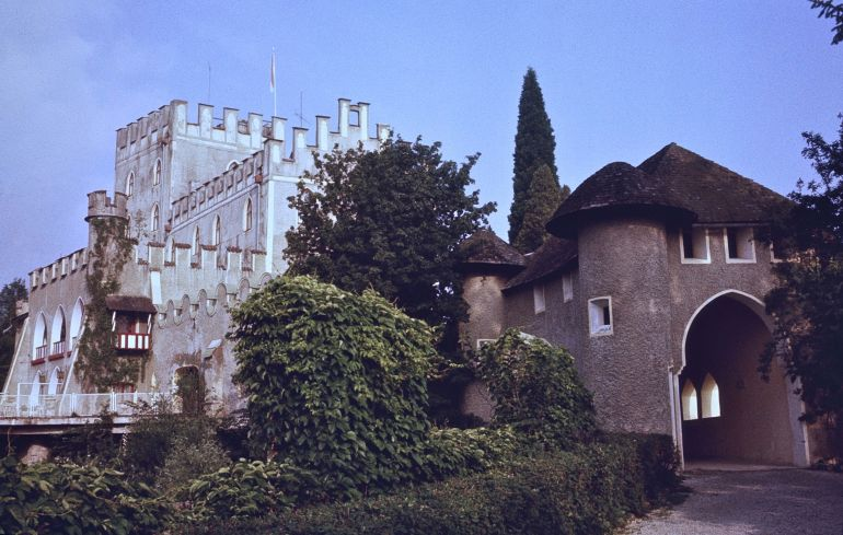 oddest_military_encounters_history_Defense_of_Castle-Itte