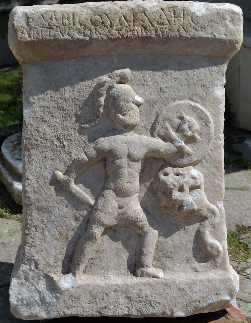 Ancient_Altar_Hercules_Son_Fighting_Hydra_1