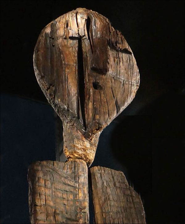 shigir-idol-worlds-oldest-wooden-statue_5