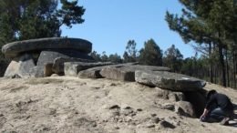 portugal-6000-year-tombs-astronomical-telescopes_1