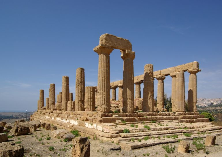 ancient-greek-temples-akragas-moon-orientations_3