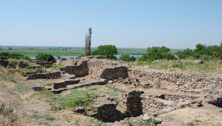 greek-city-tanais-steppes-fortifications_3