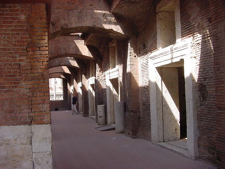 trajans-market-oldest-shopping-center_3