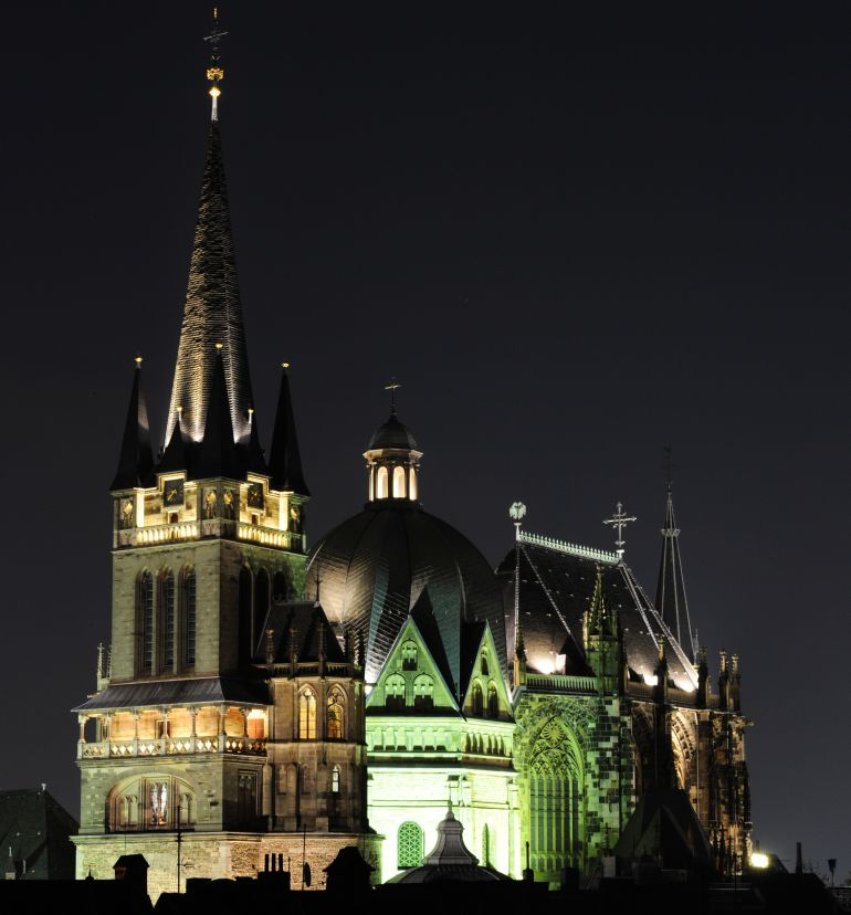 Aachen_Cathedral_Charlemagne_Mystery_4