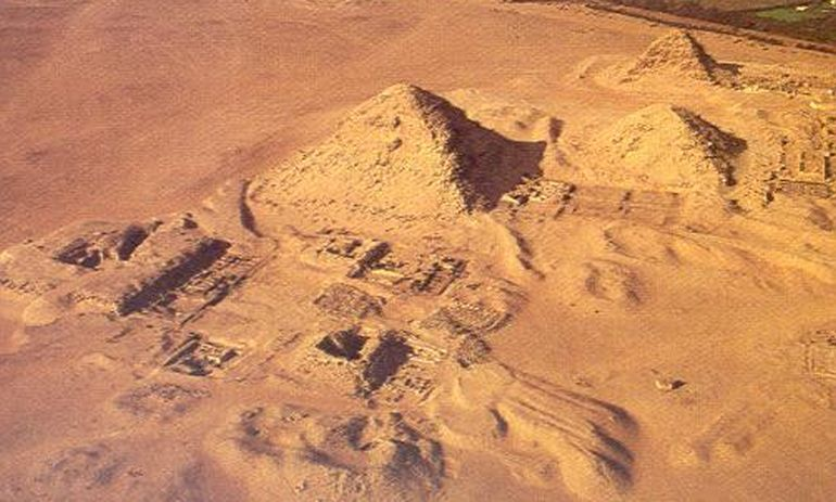 4500_Years_Old_Ship_Ancient_Egyptian_Tomb_mastaba_3