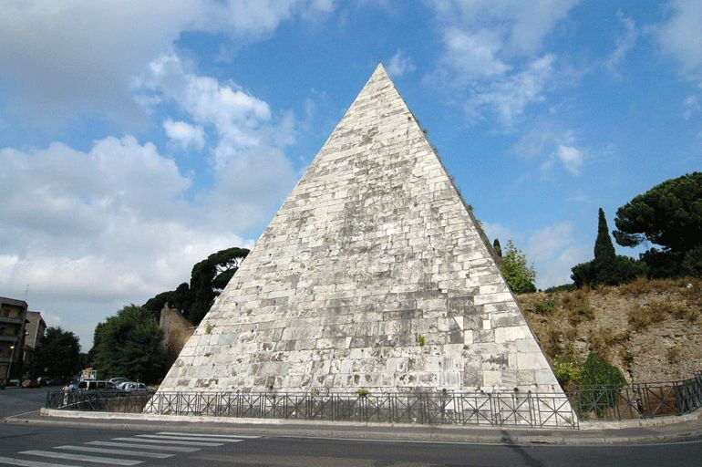 Pyramid_of_Cestius_Rome_2