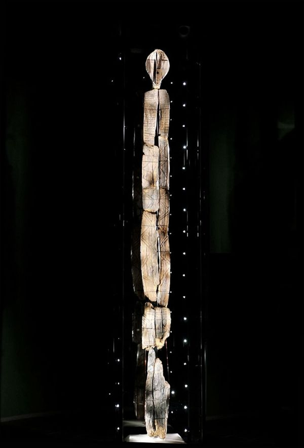 shigir-idol-worlds-oldest-wooden-statue_3