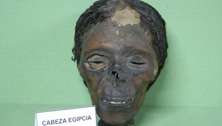 skin_bleached_ancient_Egypt_mummy