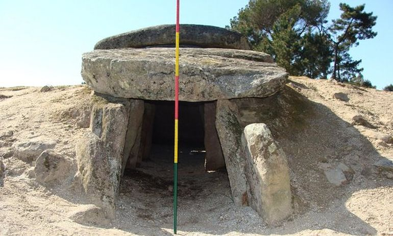 portugal-6000-year-tombs-astronomical-telescopes_2