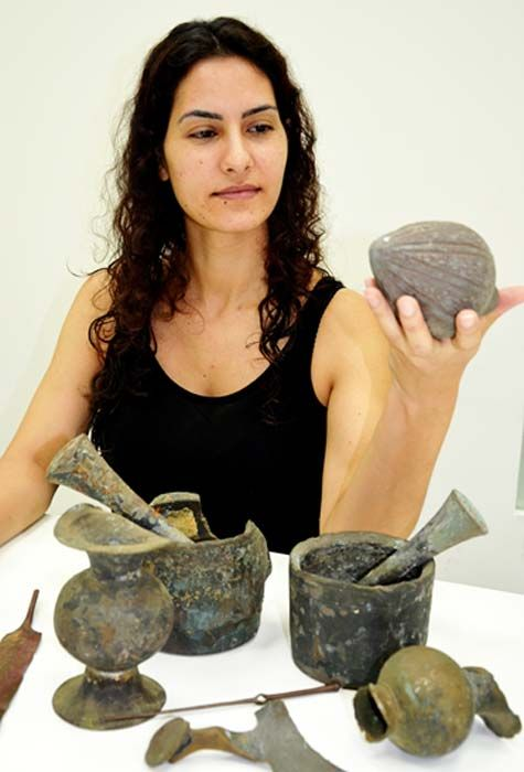 crusader-era-grenade-artifacts-israel_4