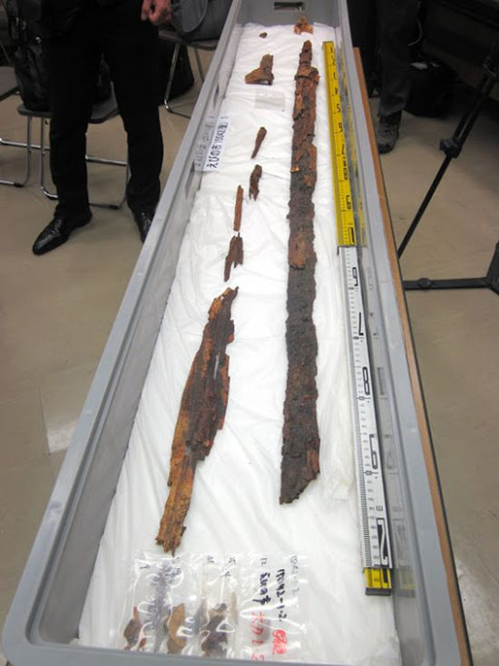 6th-century-tomb-longest-sword-japan_2