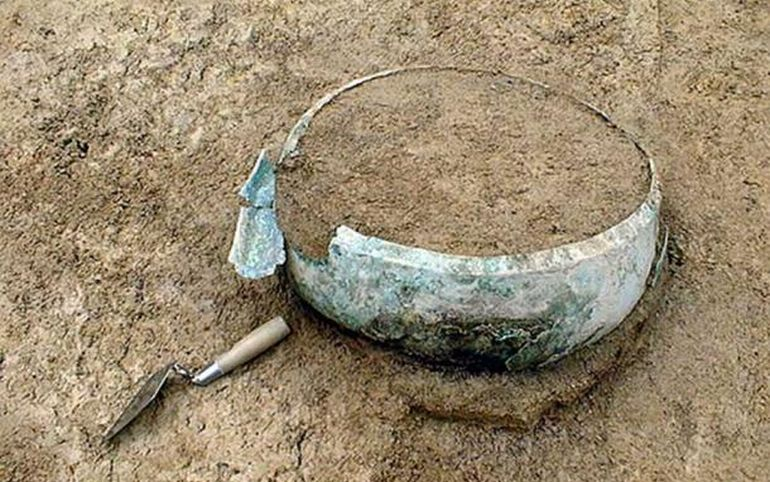recreate-iron-age-drink-germanic-tomb_2