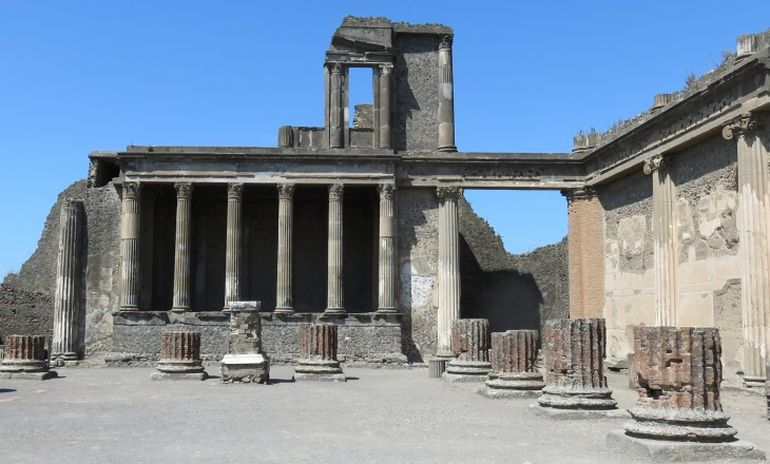 animation-reconstructs-ancient-pompeii_3