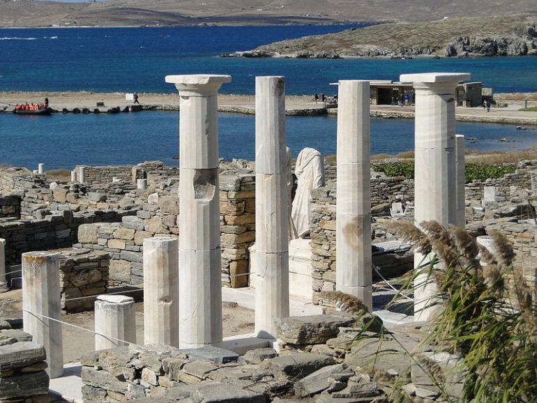 restoration-project-monuments-delos_3