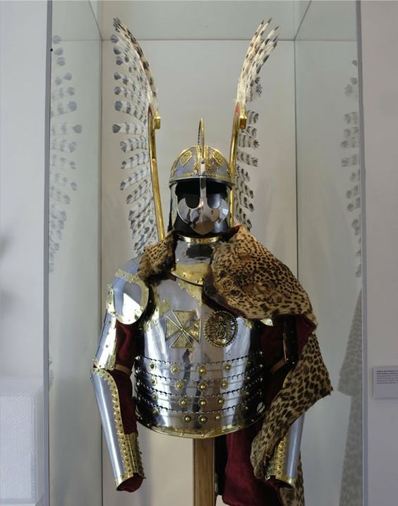 12-warrior-armor-ensembles-history_48