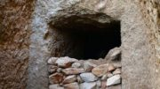 largest-mycenaean-tomb-discovered-greece_8
