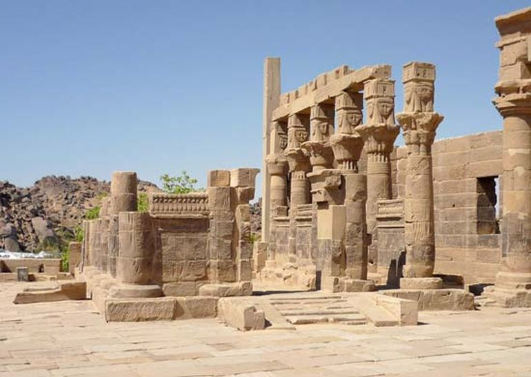 reconstruction-philae-ancient-egypt_1