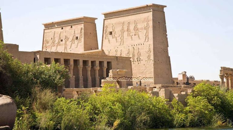 reconstruction-philae-ancient-egypt_2