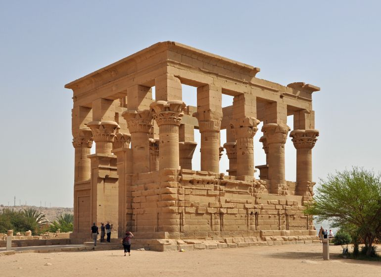 reconstruction-philae-ancient-egypt_3