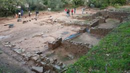 conserved-large-etruscan-villa-vetulonia_1