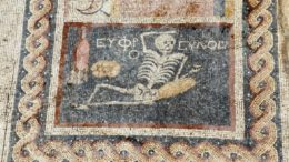 jovial-skeleton-mosaic-antioch-turkey_1