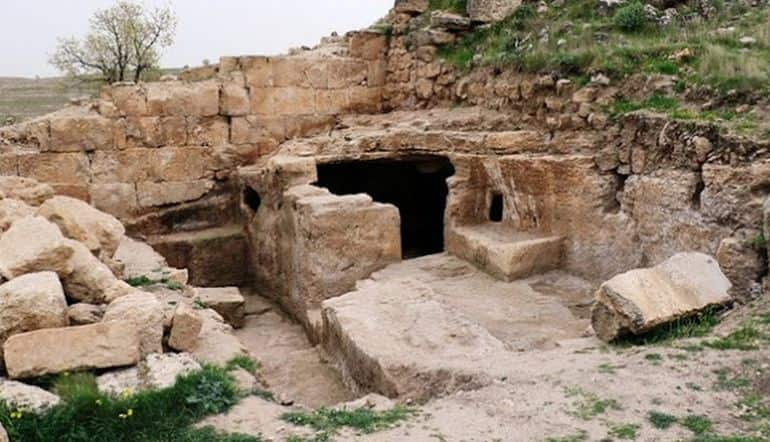 Underground Passages Of Roman Mithras Temple Found In Turkey